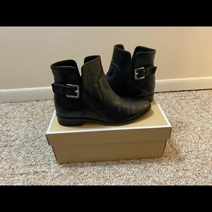 Michael Kors Leather Black Ankle Boots. Size 6.